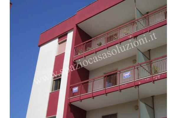 Calimera - Appartamento piano secondo con box